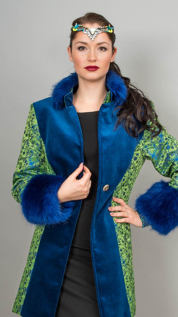 Portraitbild mit Mode von Pracht in Tracht